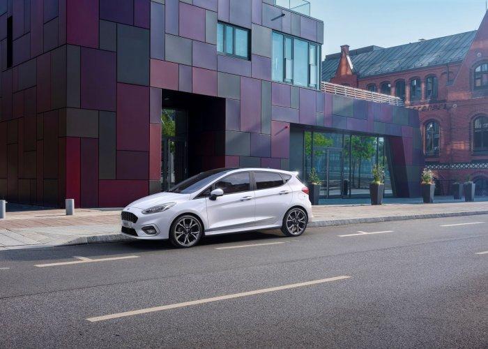 Ford Fiesta Hybrid 2020 pris